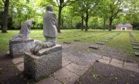 مجسمه ضد جنگ از کته کولویتس